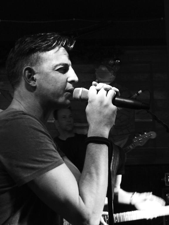 Coverband Loeki de Vos – LIVE in Sint-Oedenrode 01